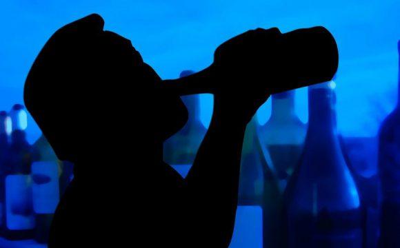 Alkoholizm – jak rozpoznać uzależnienie i jak je leczyć?