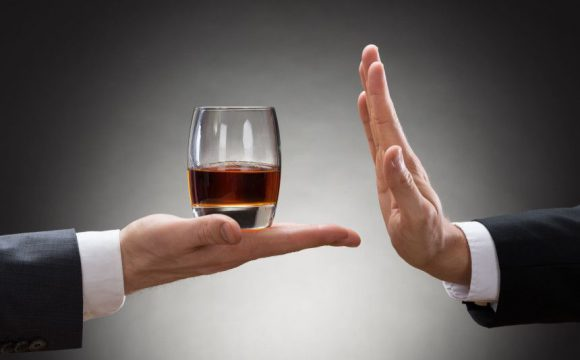Jak odtruć organizm po ciągu alkoholowym? Bezpieczny detoks alkoholowy