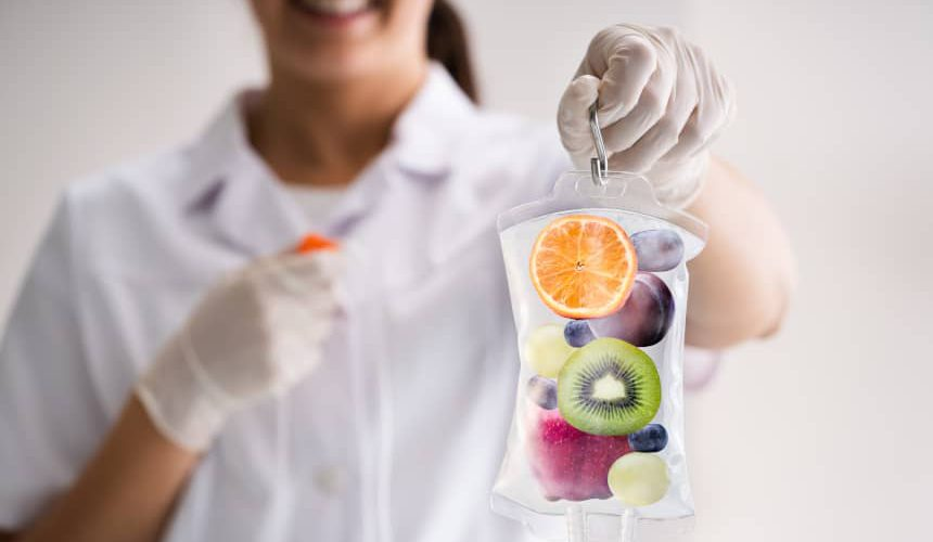 Kroplówki witaminowe czy suplementacja doustna? Co działa lepiej?